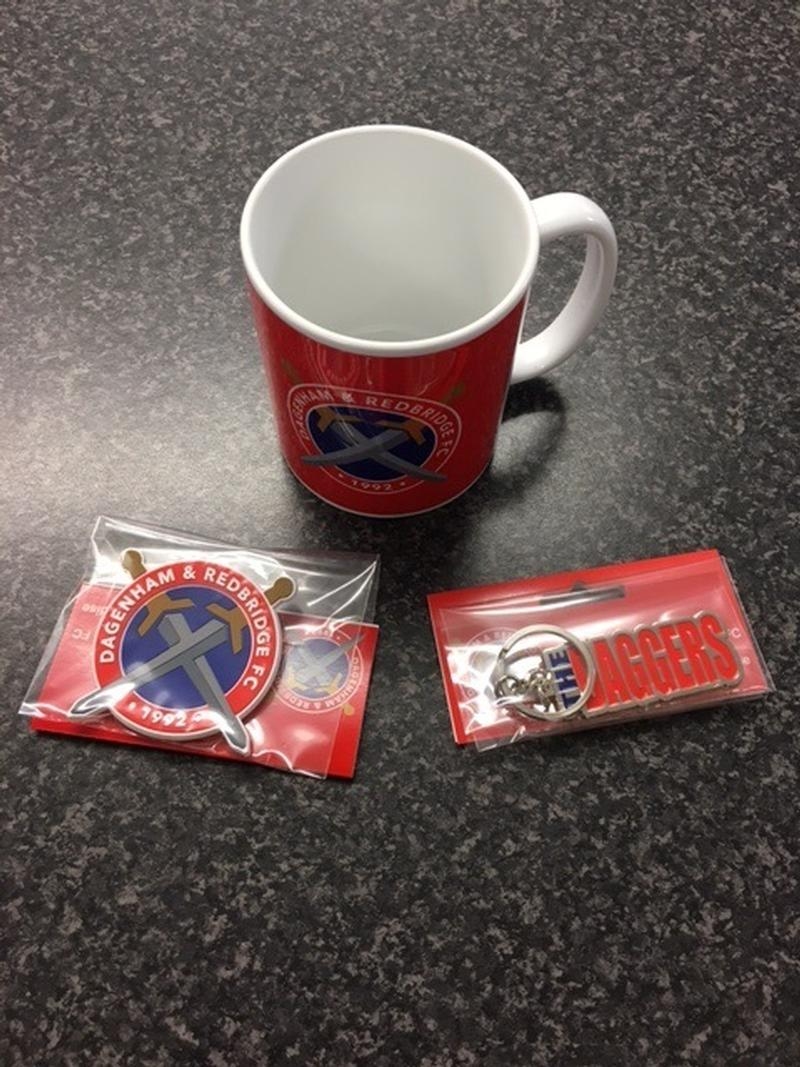 Red Mug Gift Set With Magnet & Keyring